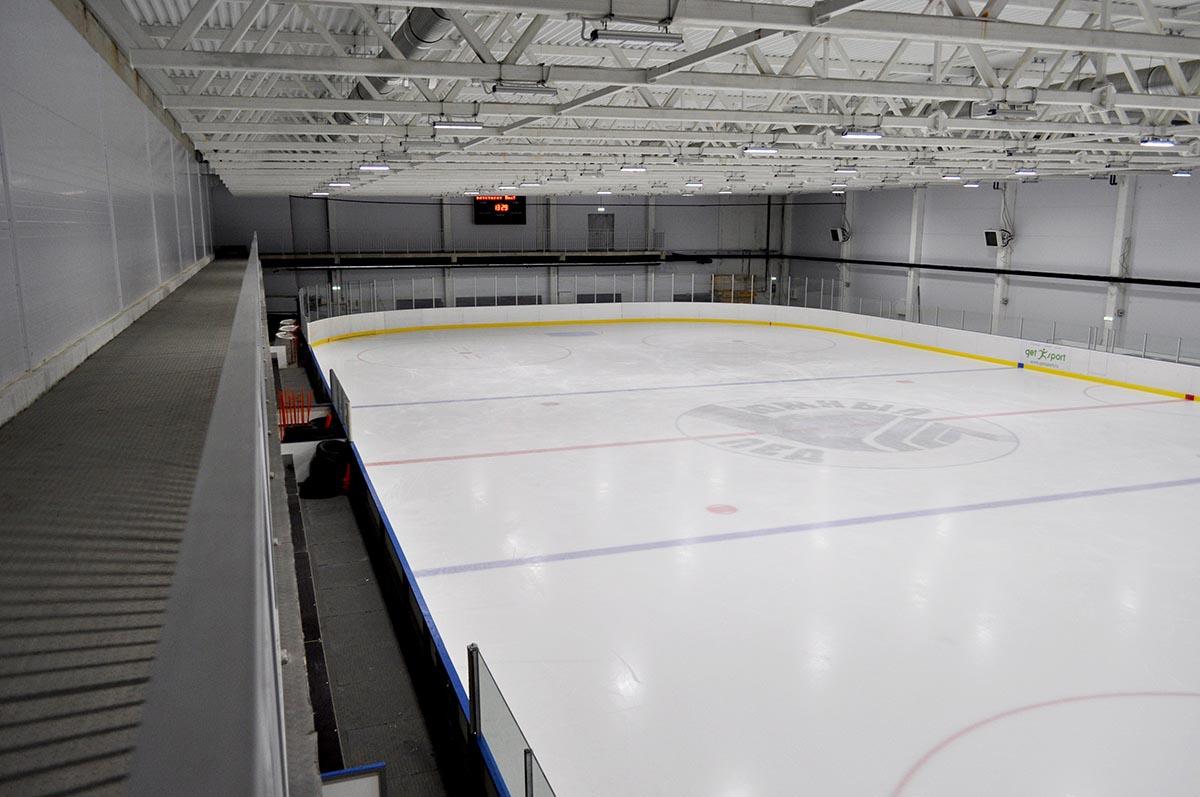 строительство катка с искусственным льдом
